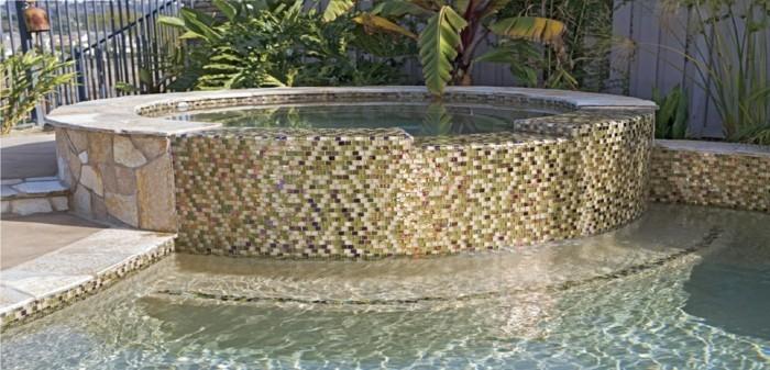 pool-fliesen-hier-sind-fliesen-für-pool