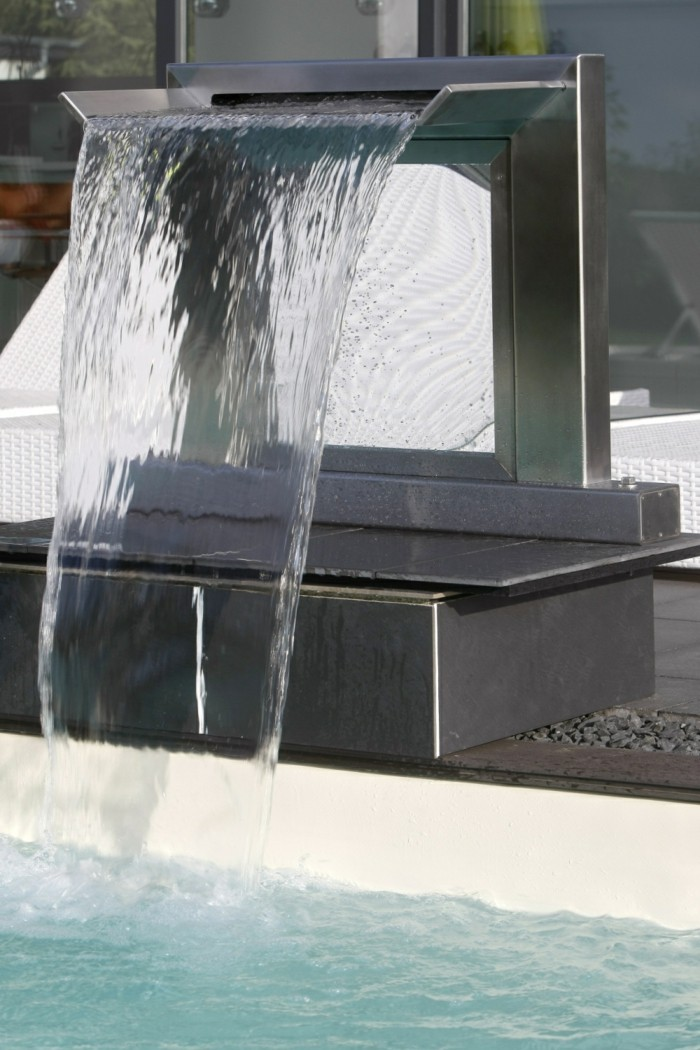 scwalldusche-pool-ideen-für-schwallduschen