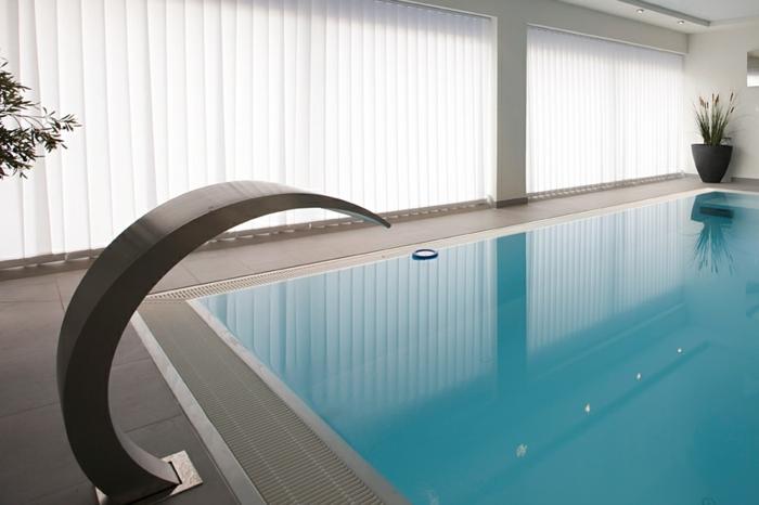 scwalldusche-pool-pool-mit-schwalldusche