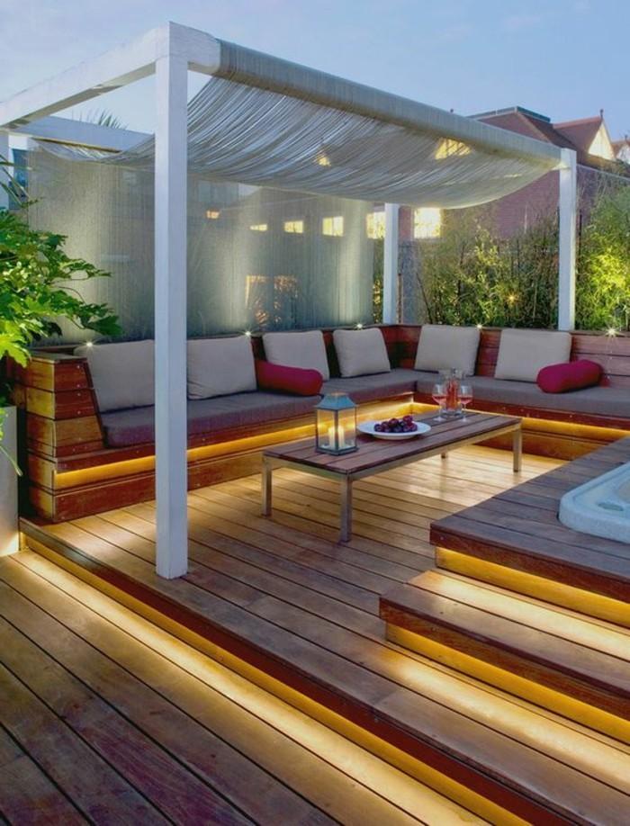 seilspann-sonnensegel-baldachin-auf-der-der-terrasse