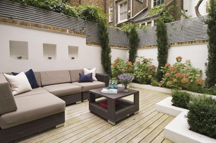 terrasse-beschatten-moderne-außengestaltung