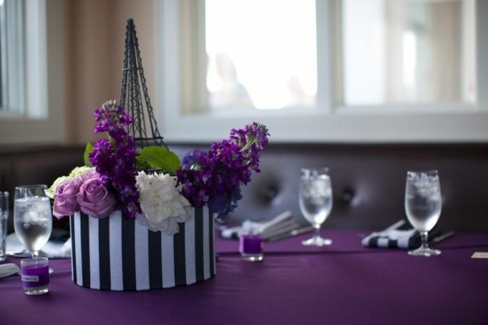 tischdeko-lila-schön-aussehende-lila-hochzeitsdeko