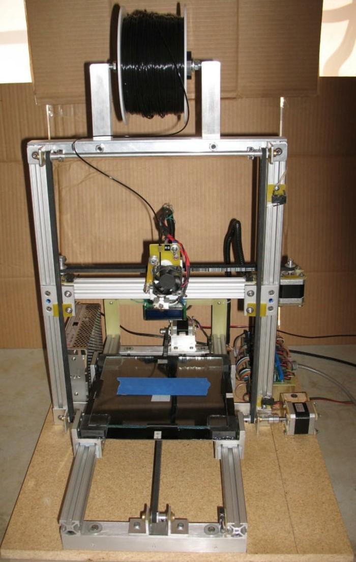 3d-drucker-selber-bauen-sie-könnten-einen-solchen-3d-drucker-selbst-bauen