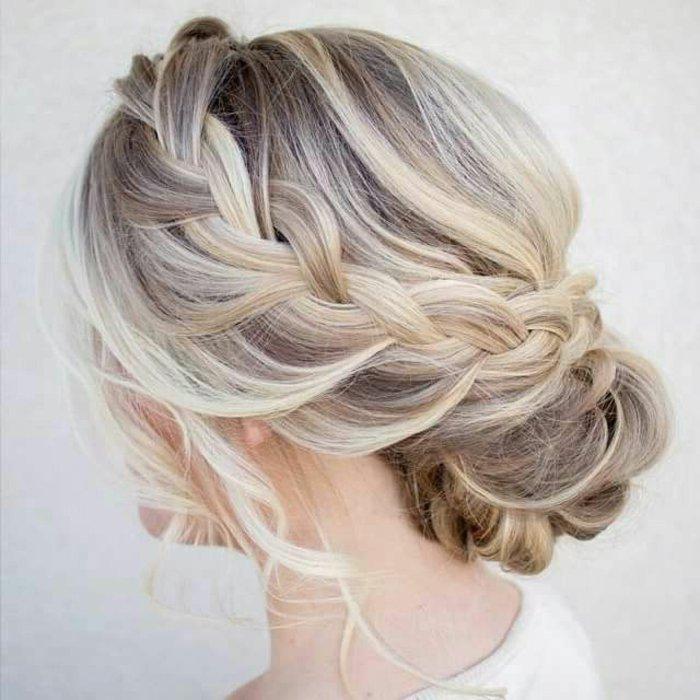 abendfrisuren-selber-machen-mit-geflechem-haar