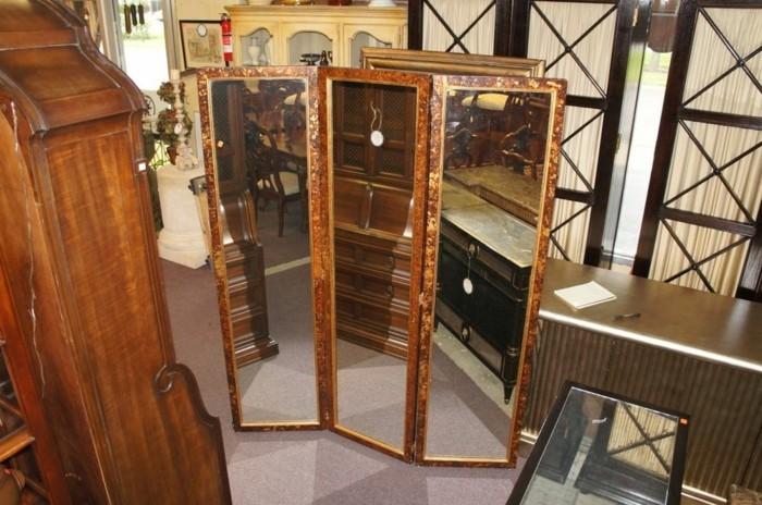 antike-spiegel-in-drei-teilen
