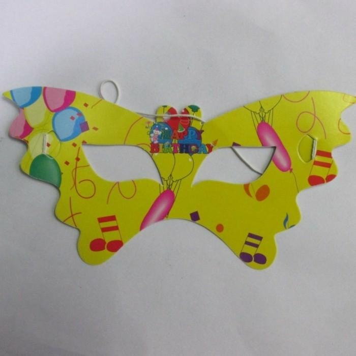Bastelideen-Fasching-wie-Schmetterling-in-gelber-Farbe