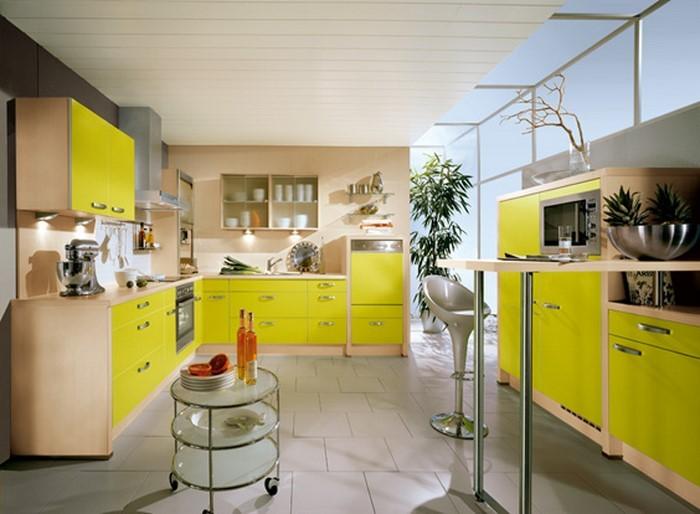 farben-fuer-die-kueche-gelb-eine-kreative-dekoration