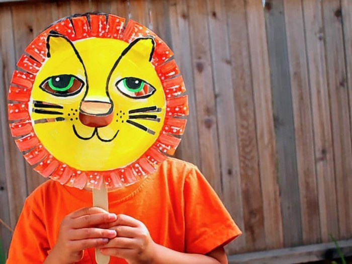 Faschingsmasken-basteln-ein-süßer-Löwe