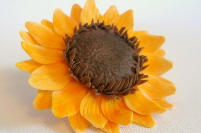 fondant-selber-machen-fondant-figuren-tortendeko-sonnenblume