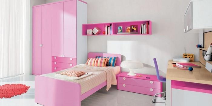 kinderzimmer-rosa-ein-auffaelliges-interieur