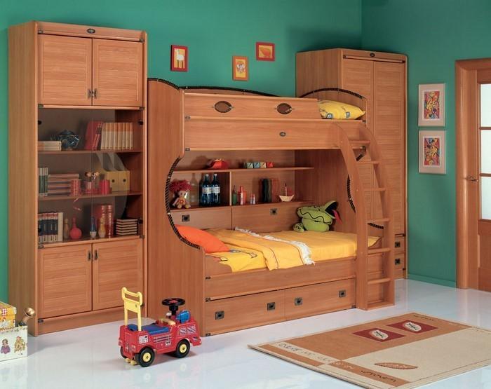 Kinderzimmer-farblich-gestalten-mit-Braun-Eine-auffällige-Deko