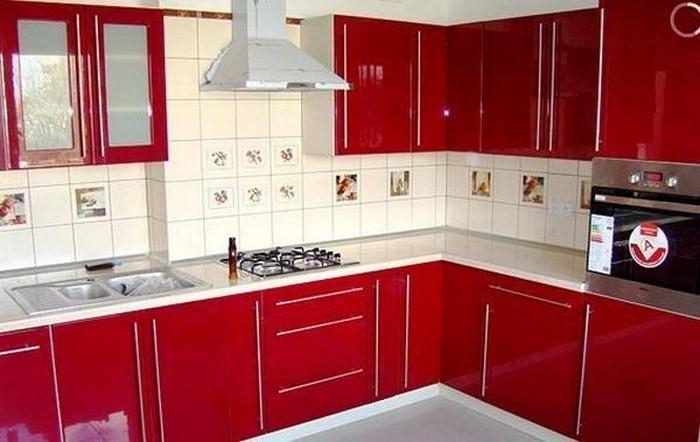 kueche-in-rot-eine-coole-gestaltung