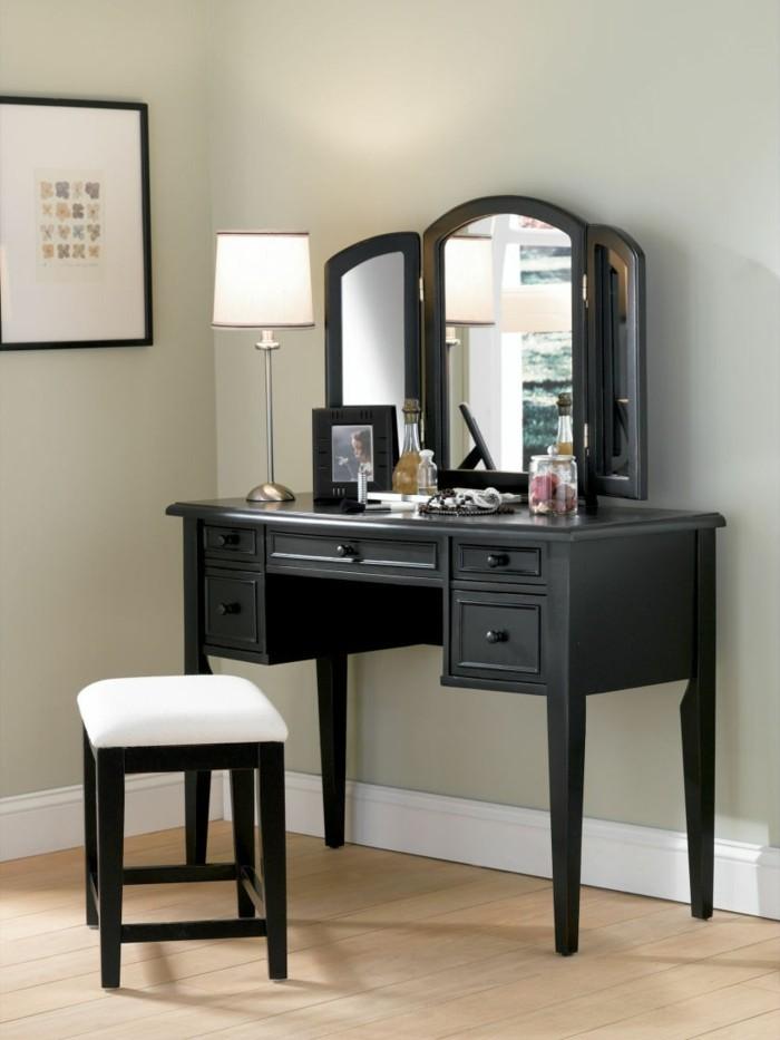 Antike spiegel ausgefallene dekoration f r das zimmer - Schwarzer schminktisch ...