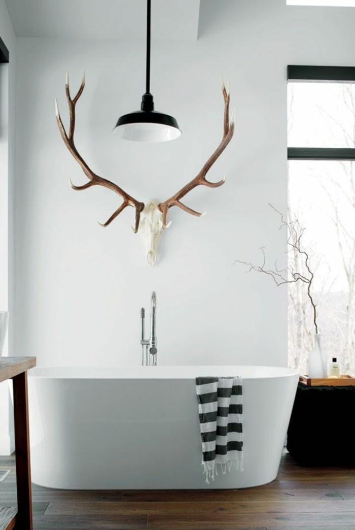badezimmer-gestalten-ideen-mit-hirsch