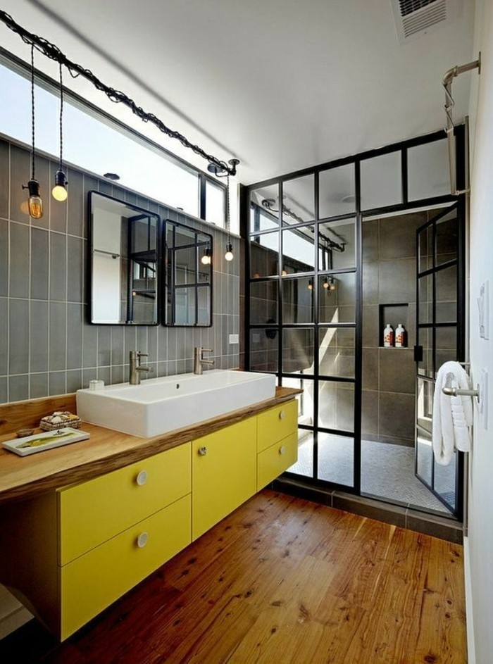 badezimmer-vorschlage-mit-gelben-regalen