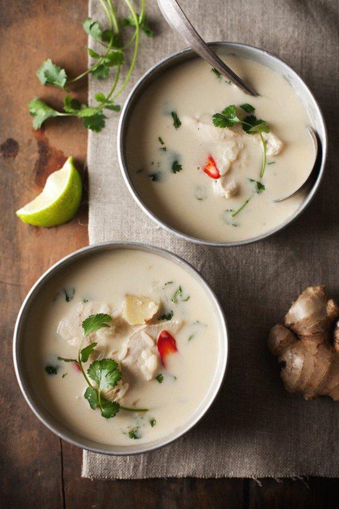 einfache-gesunde-rezepte-huhnersuppe