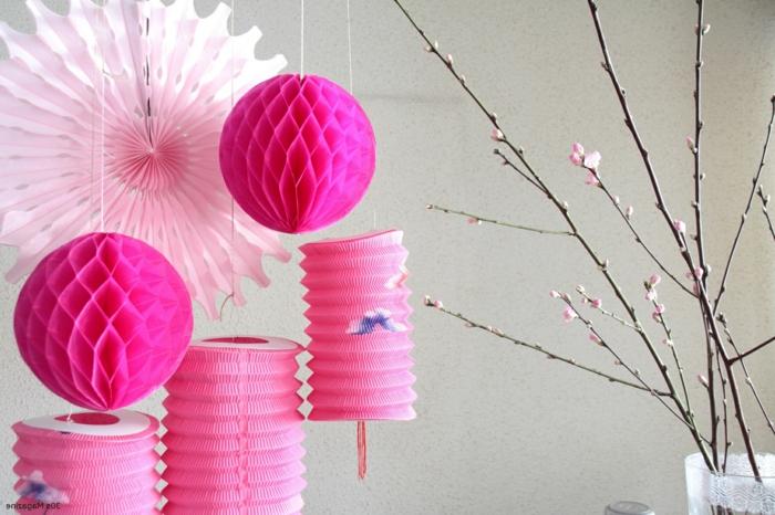 einfache-laternen-basteln-in-rosa-farbe