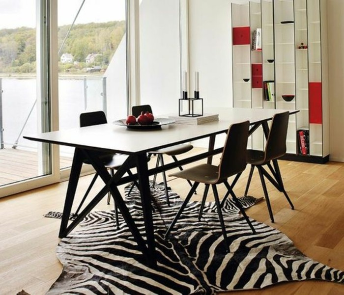 Awesome Rotes Esszimmer Fur Intensive Einladende Atmosphare ...