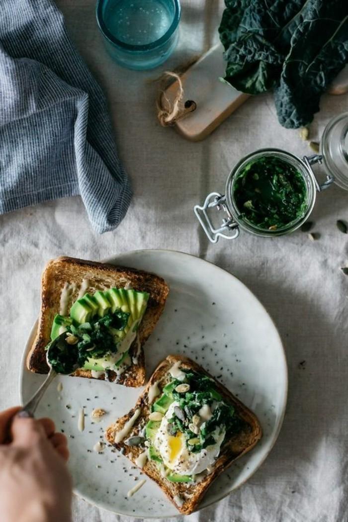gesunde-gerichte-mit-gruner-sose