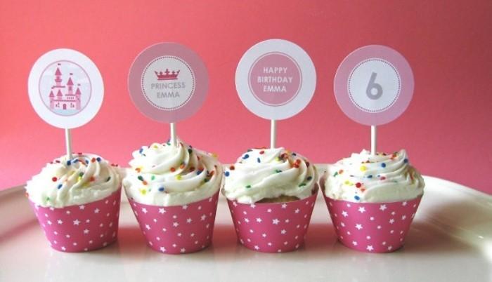 muffins-dekorieren-muffin-deko-flaggen-zum-geburtstag