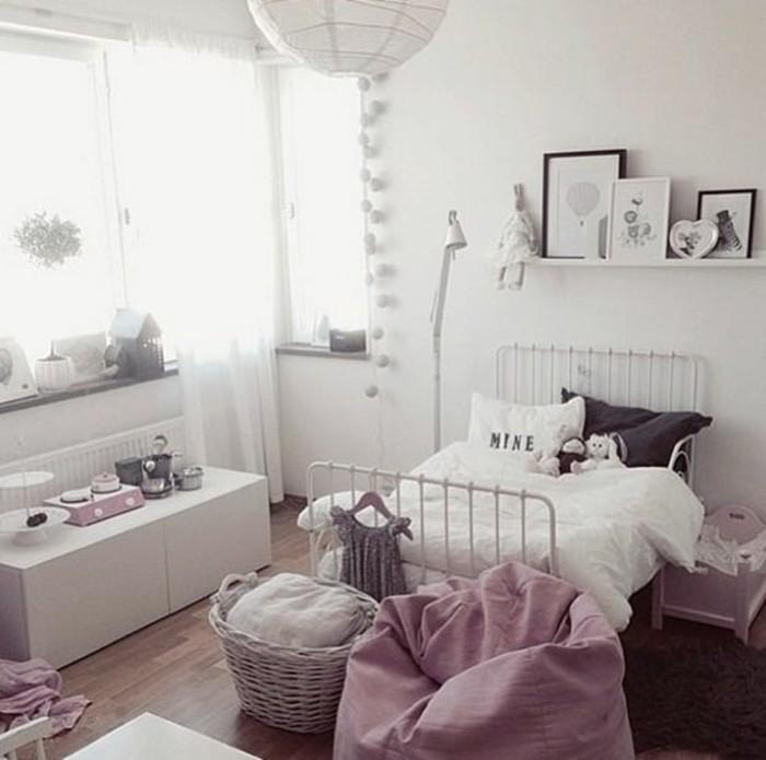 Das Kinderzimmer für Mädchen ist eine kleine märchenhafte Welt ...