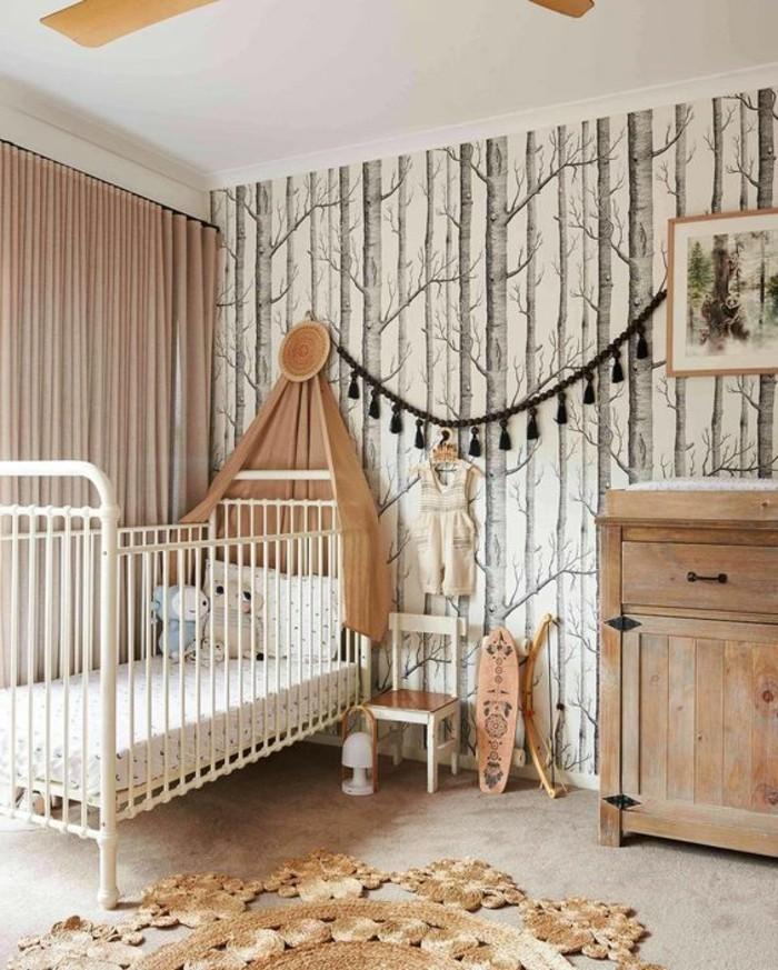 Leuchtende Kindertapeten : Ein romantisches Kinderzimmer entsteht hier durch die Verbindung aus