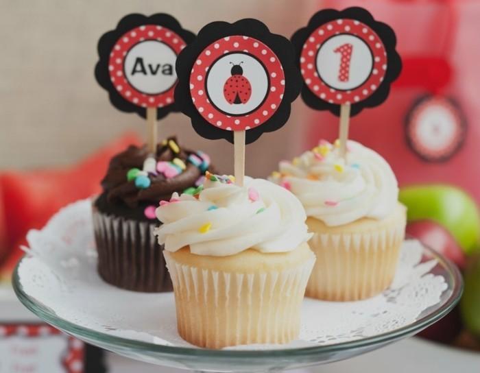 muffins-dekorieren-geburtstag-party-ein-jahr-alt