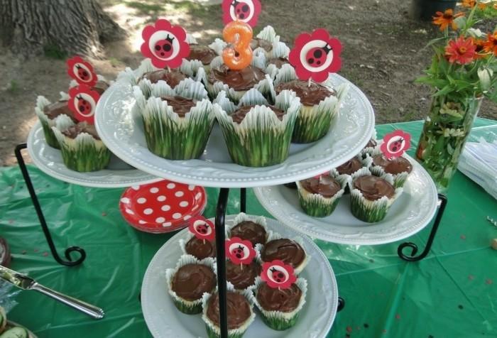 muffins-dekorieren-geburtstag-party-gartenparty