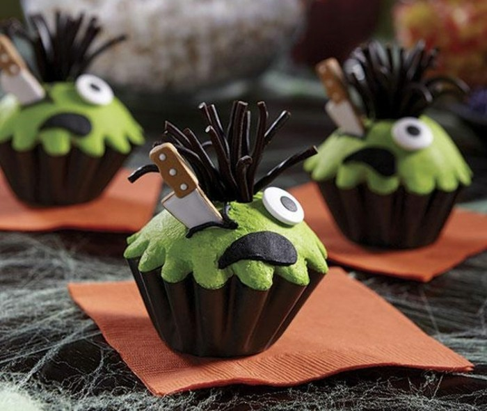 muffins-dekorieren-halloween-gruselige-muffins
