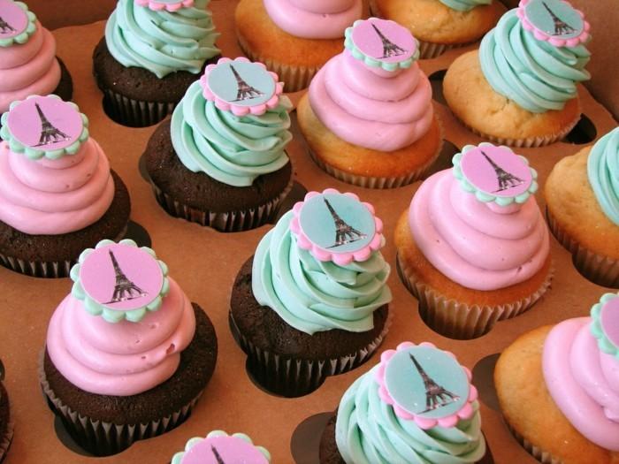 muffins-dekorieren-ideen-uberraschung-reise-nach-paris-cupcake-deko