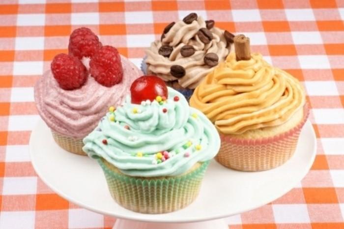 muffins-dekorieren-ideen-einfach-und-schon