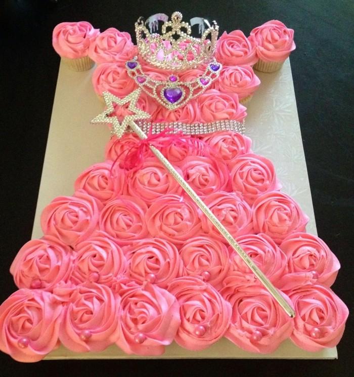 muffins-dekorieren-ideen-torten-dekorieren-muffin-torte-rosa-geburtstag
