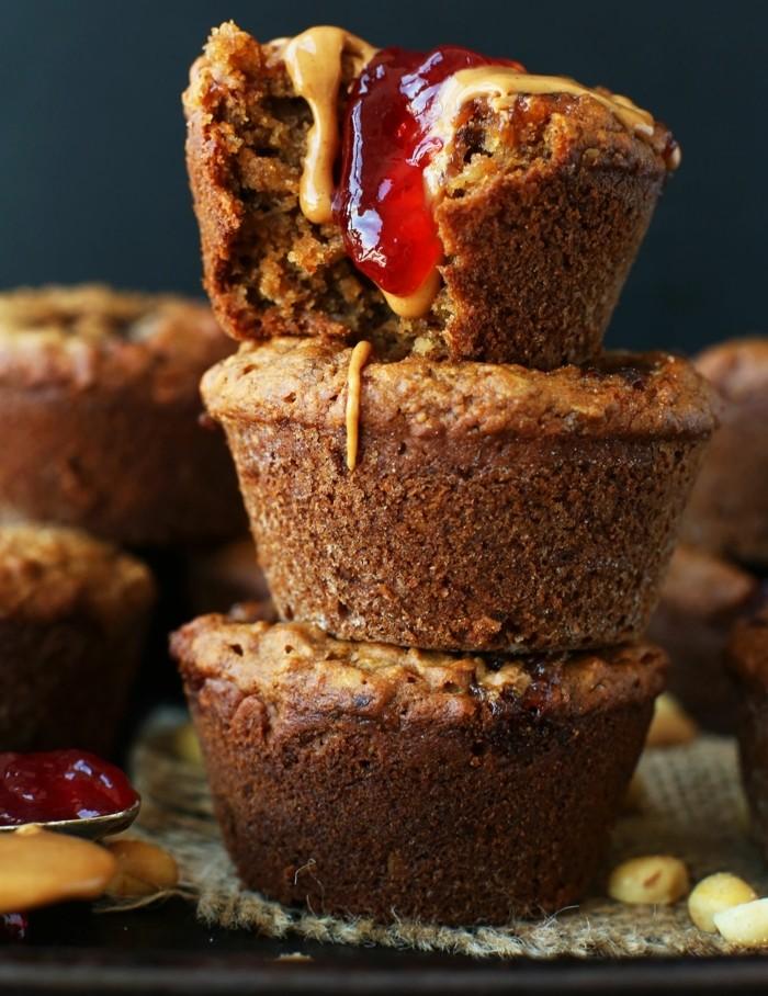 muffins-dekorieren-selber-machen-deko-aus-gelee