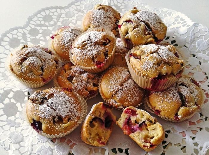 muffins-dekorieren-selber-machen-zu-hause-puderzucker-passt-uberall