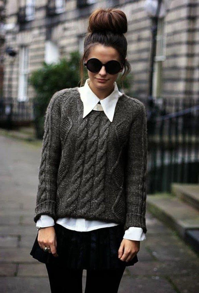 schicke-kleider-mit-grauem-pulover