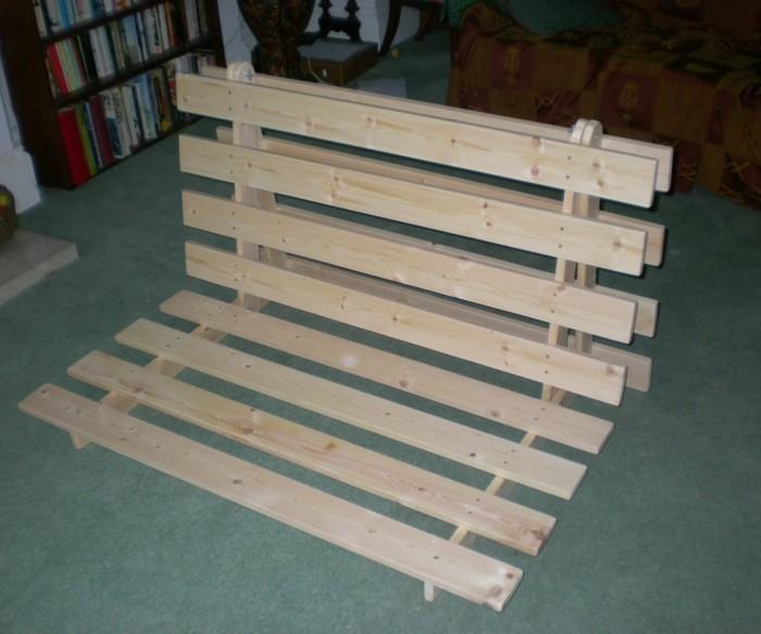 sofa-selber-bauen-jeder-kann-ein-ausgefallenes-sofa-selber-bauen