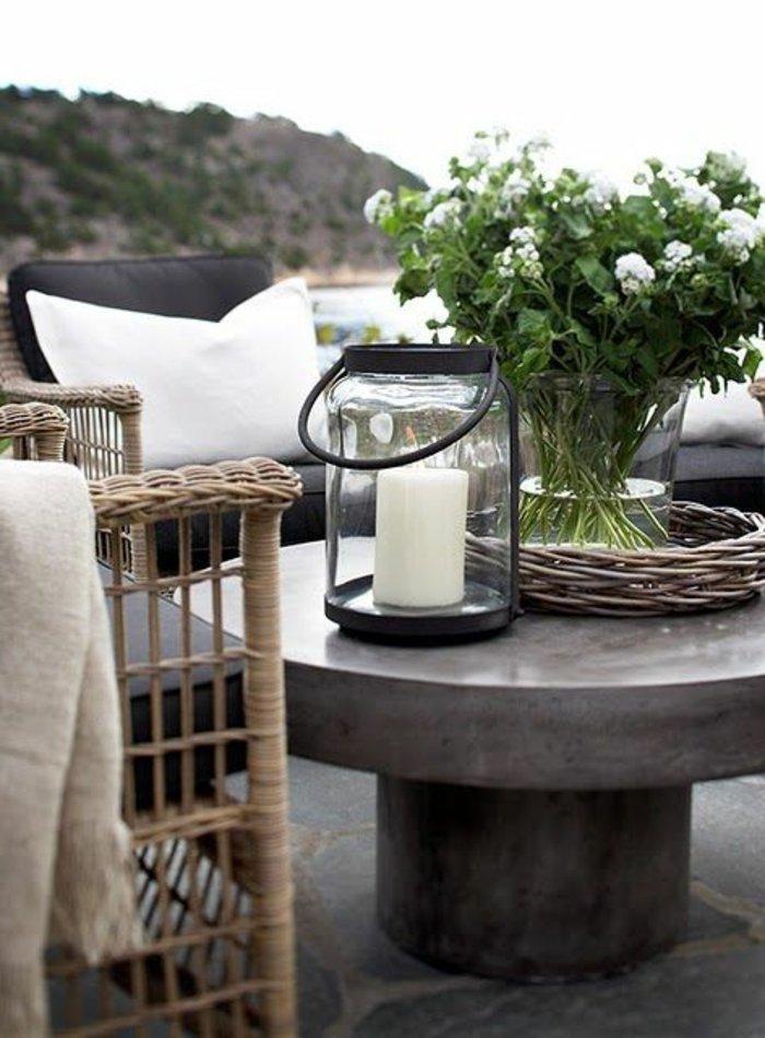 terrasse-dekoration-kerz-im-glas