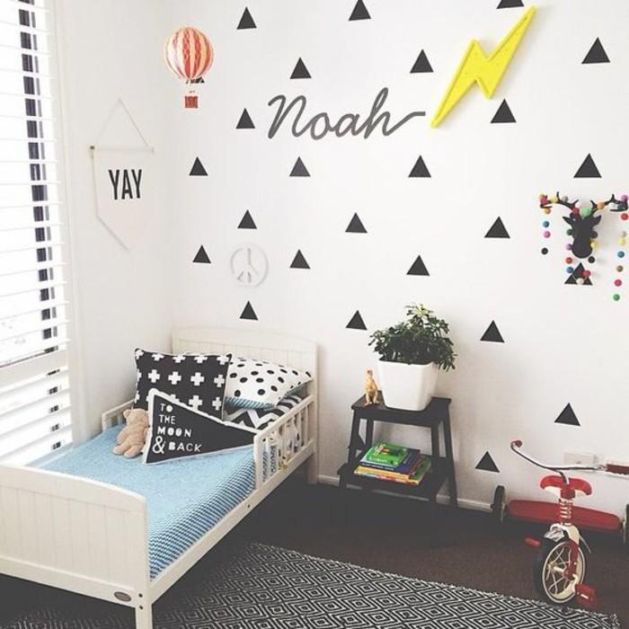 44 wundersch ne wandtattoos f r das schlafzimmer. Black Bedroom Furniture Sets. Home Design Ideas