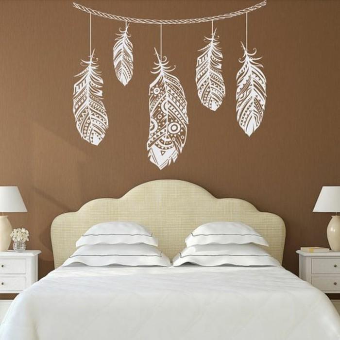 1-schlafzimmer-braun-weiß-doppelbett