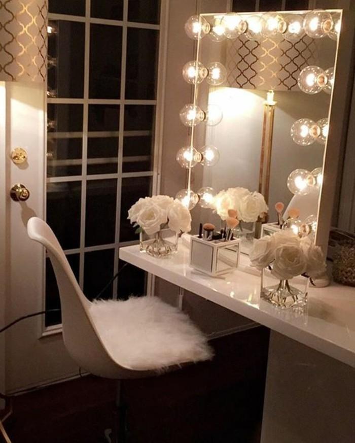 12-schminktisch-mit-beleuchtung-eckiger-spiegel-weiser-stuhl-weise-rosen
