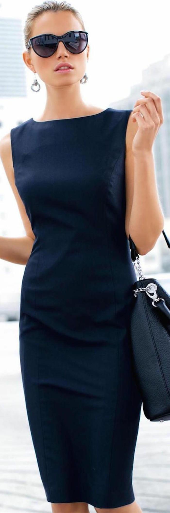 5-business-kleider-etuikleider-elegant-schwarzes-kleid-schwarze-tasche-grose-schwarze-sonnenbrille