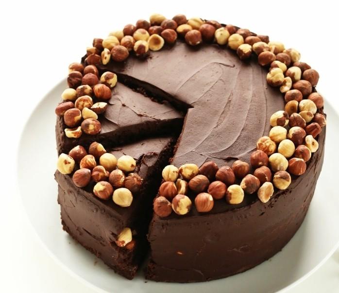 vegane-torte-vegane-torte-schokolade-nüsse-superlecker