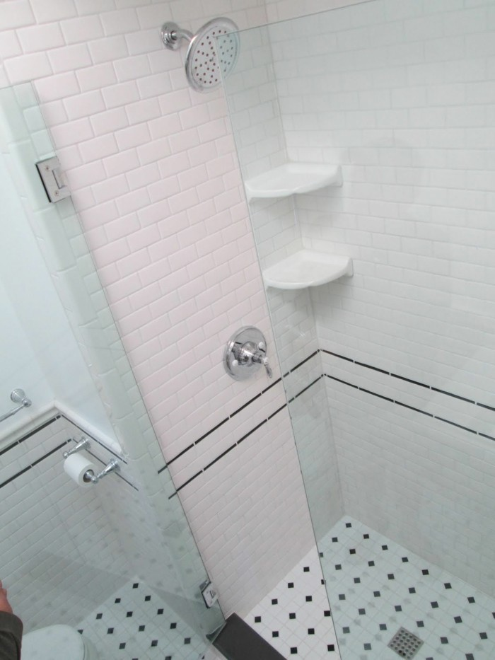 badezimmer-ideen-fur-kleine-bader-rosa