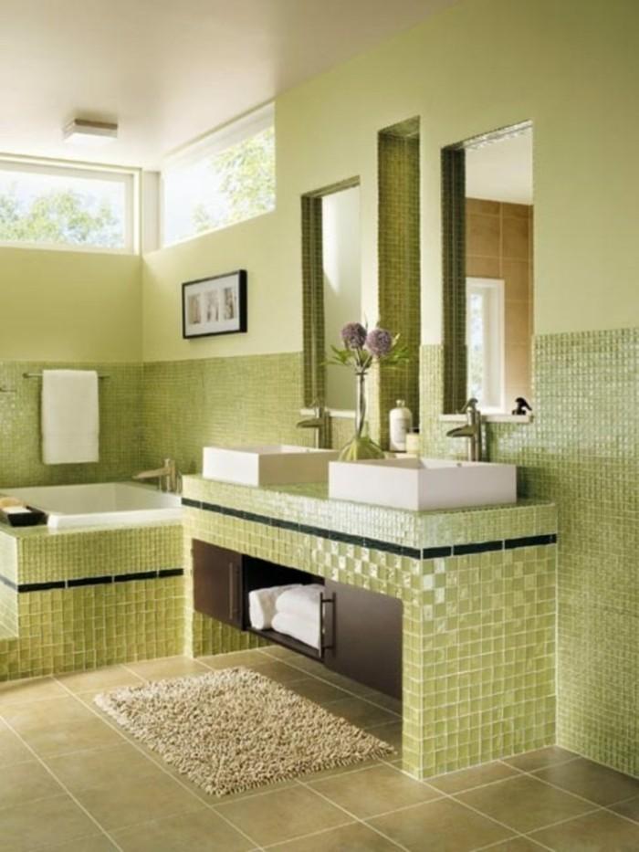 kleines-badezimmer-renovieren-helle-grasgrune-fliesen
