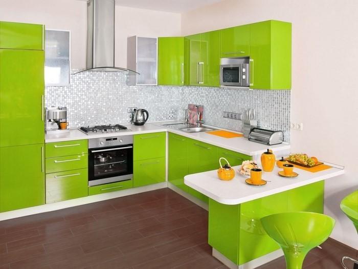 Die k che in gr n gestalten das fr hliche gr n - Cocinas con colores vivos ...
