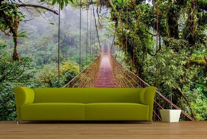 dschungel-brucke-gruner-sofa-pflanze-holzboden-natur