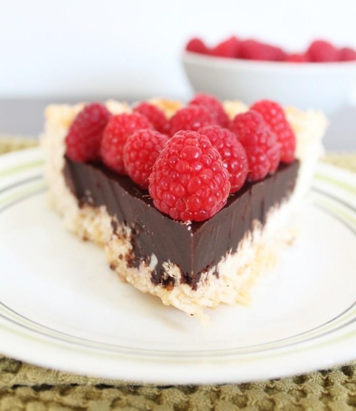 glutenfreier-kuchen-gesunde-schokolade-himbeere-lecker-kochen-geniesen