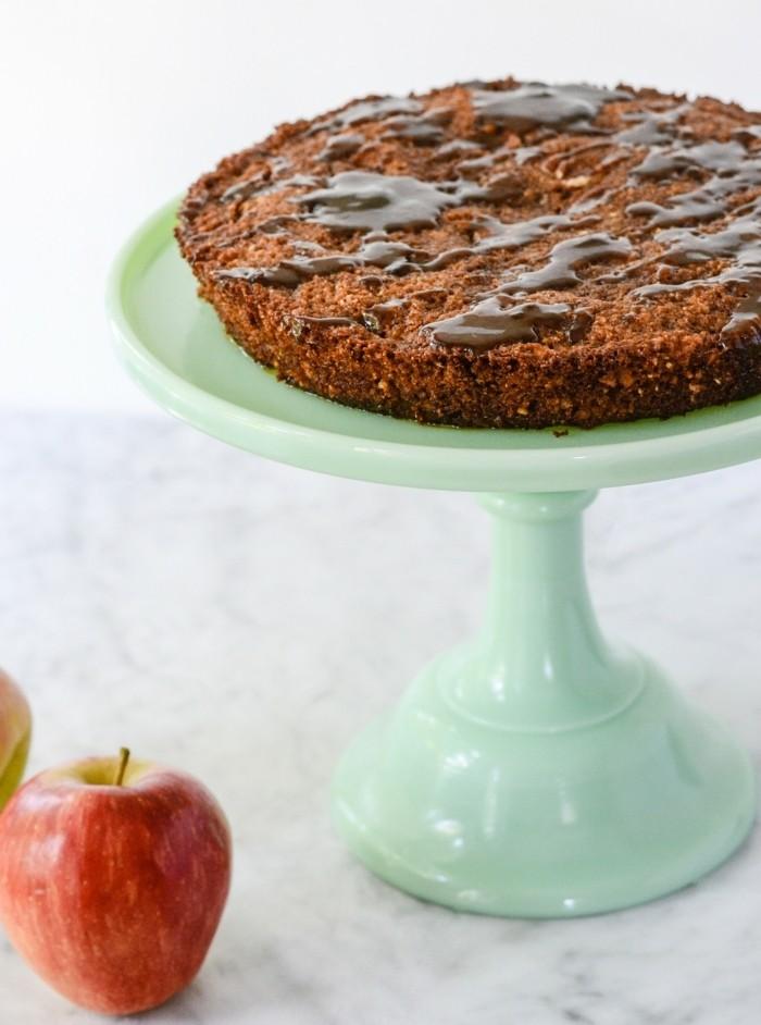 glutenfreier-kuchen-glutenfrei-kuchen-erdbeeren-torte-deko