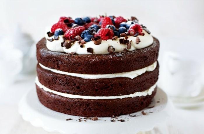 glutenfreier-kuchen-glutenfreie-kuchen-weise-creme-obst