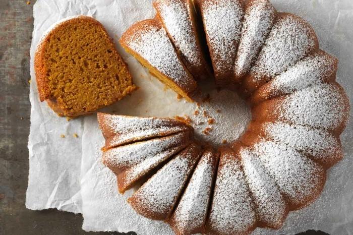 glutenfreier-kuchen-zuhause-selber-machen-puderzucker-deko